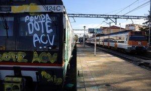 Untren pintado por grafiteros en Cervera el pasado 7 de noviembre.