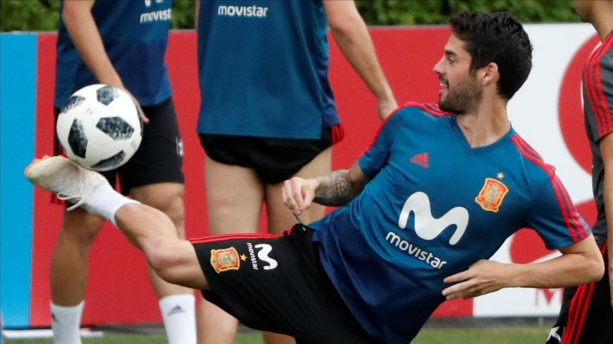Isco, en un entrenamiento de la selección española en Krasnodar.