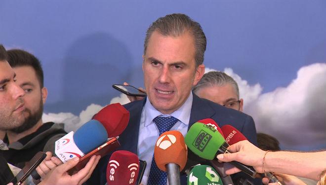 El portavoz de Vox en el Ayuntamiento de Madrid, Javier Ortega Smith, ha declarado sobre su reprobación.
