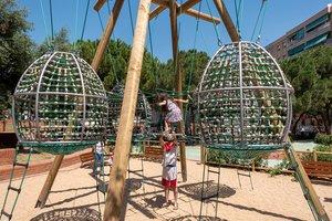 Sant Boi estrena una zona de jocs remodelada amb propostes dels nens de la ciutat