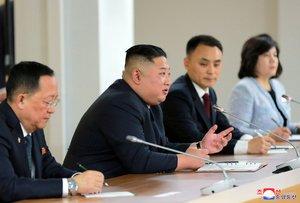 Kim Jong-un en una rueda de prensa luego de su encuentro con Vladimir Putin.