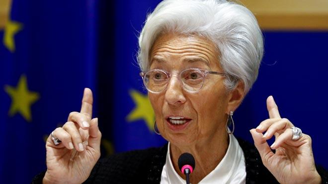 Lagarde situa el coronavirus com una «nova font de preocupació»