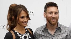 Antonella Rocuzzo y Leo Messi.