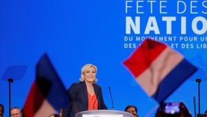 Marine Le Pen durante su discurso en el acto de Niza.
