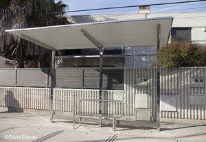 Marquesina de una parada de bus de Parets del Vallès.