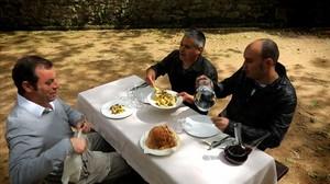 Sandro Rosell, Nandu Jubany i Llucià Ferrer, en una imatge de 'Menú de cap de setmana'.