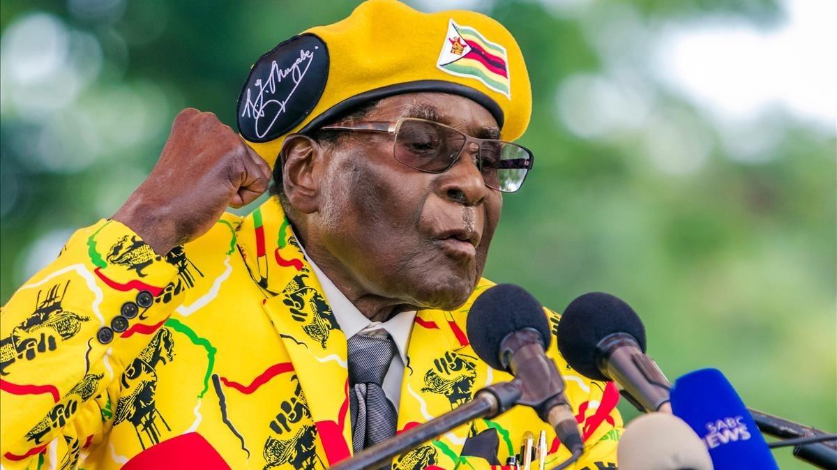 Mugabe, en un discurso ante sus seguidores, el 8 de noviembre.