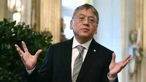 El nobel Kazuo Ishiguro, este miércoles en la Academia Sueca, en Estocolmo.