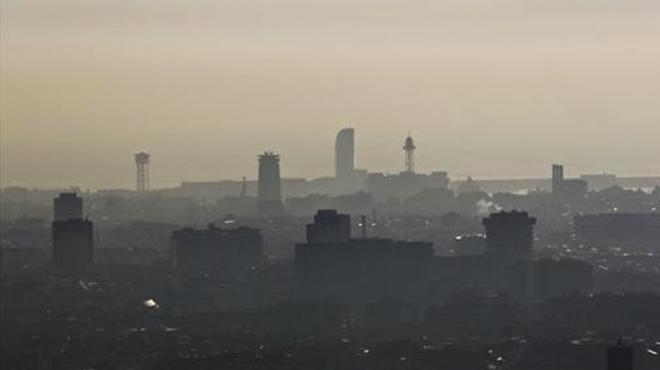 Ola de calor: España se achicharra y Catalunya con un aviso preventivo por contaminación atmosférica en 40 municipios.