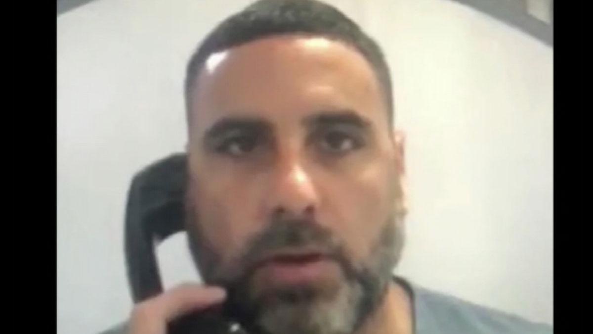 Pablo Ibar pide ayuda en un mensaje a través de las redes sociales para demostrar su inocencia.