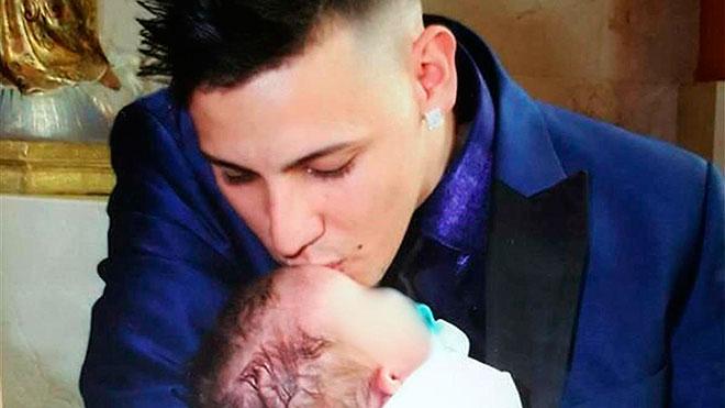 El padre del niño estrangulado pide prisión permanente, no se pudo defender.