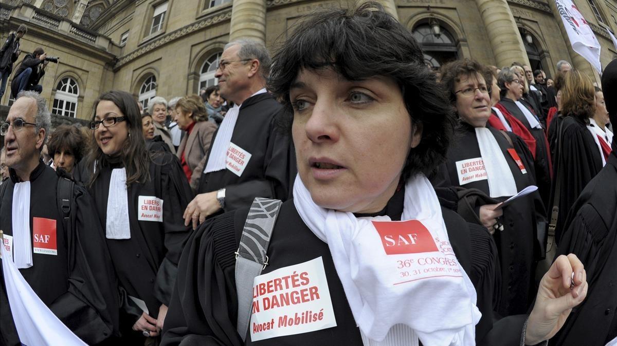 Protesta de jueces franceses ante Sarkozy en febrero del 2011