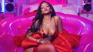 Rihanna posa en su cuenta de Instagram.