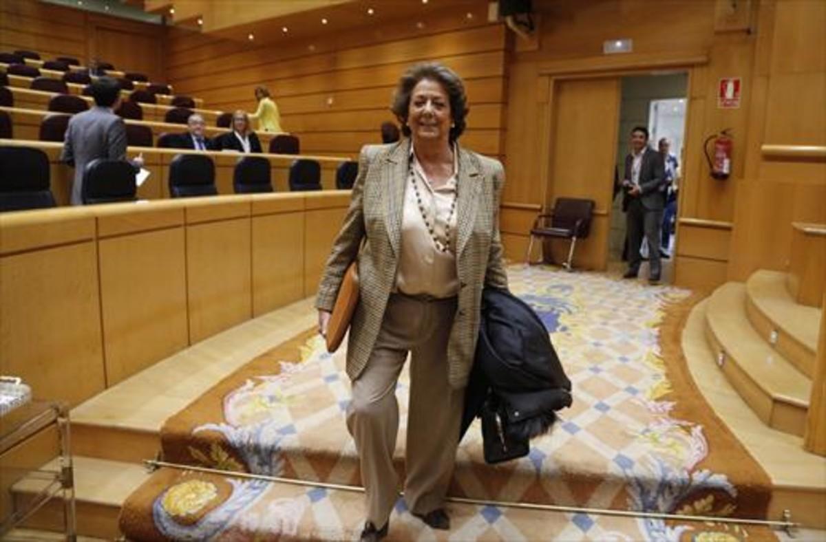 Rita Barberá acude a un pleno del Senado.
