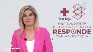 Sandra Golpe en 'Antena 3 noticias' hablando de la iniciativa 'Cruz Roja responde'.