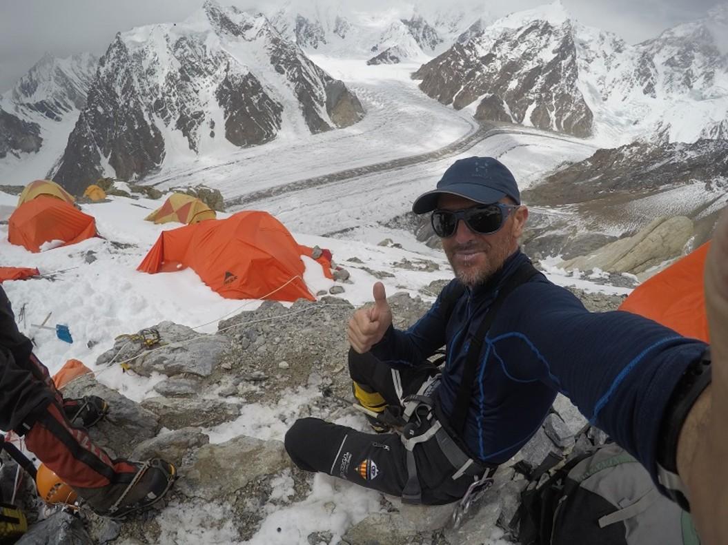 Sergi Mingote ha logrado este domingo alcanzar la cumbre del Broad Peak