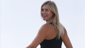 La tenista rusa Maria Sharapova posa en París tras ganar su último Roland Garros en 2014.
