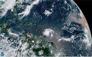 Fotografíadonde se muestra el paso de la tormenta tropical Dorian por el Caribe.