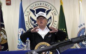 Trump, durante su discurso sobre inmigración ensu visita a la frontera con México.