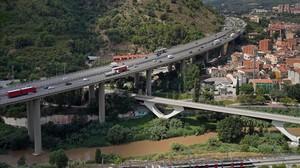 Puente de la autopista AP7 sobre Martorell.