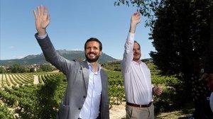 El presidente del PP, Pablo Casado, y el candidato a lendakari, Carlos Iturgaiz