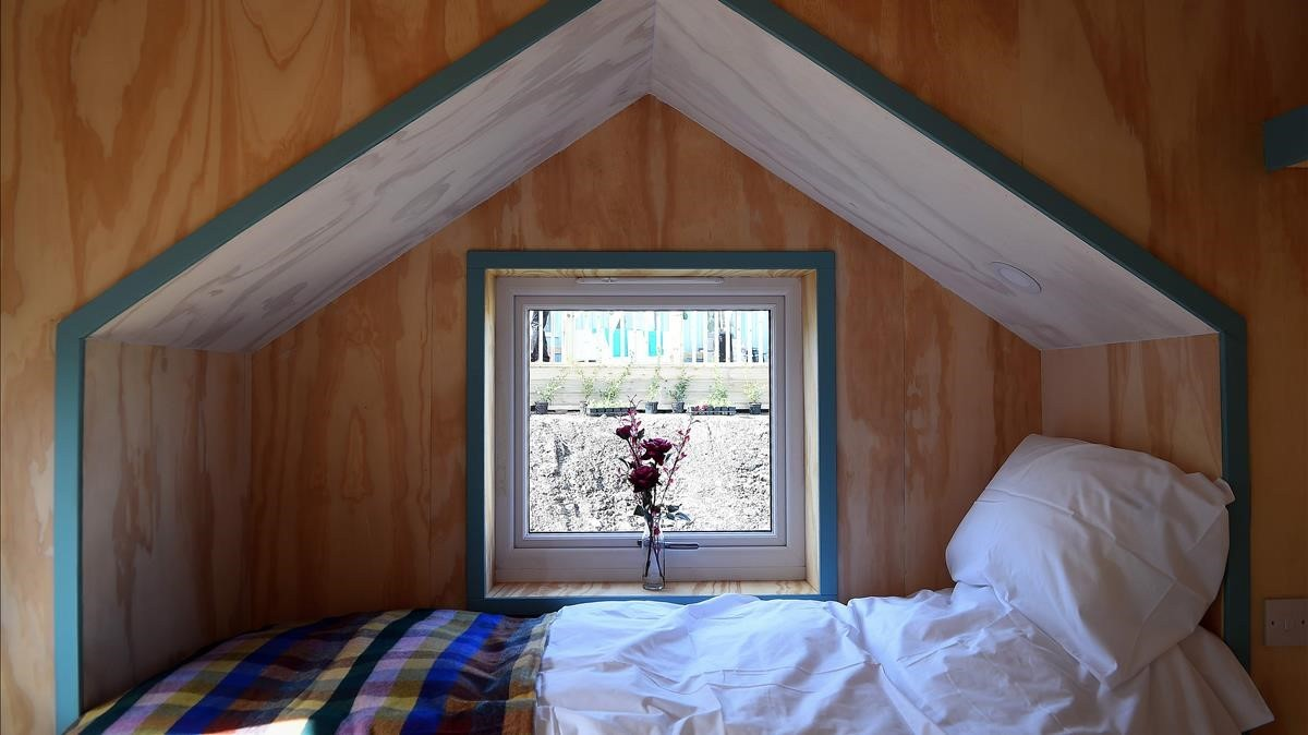 Uno de los dormitorios de las once casas de Granton, en Edimburgo, para personas sin hogar.