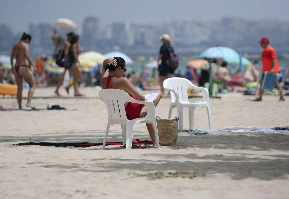 Los mayores de 55 años son los que más desconectan durante sus vacaciones