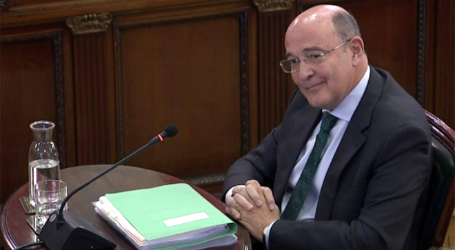 Marchena reprèn un lletrat per voler convertir Pérez de los Cobos en delinqüent