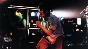 Evaristo, en una actuación deLa Polla Records.