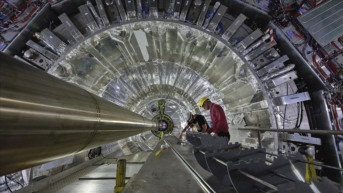 Imagen delGran Colisionador de Hadrones (LHC) delCentro Europeo de Fisica de Particulas (CERN) en Ginebra.