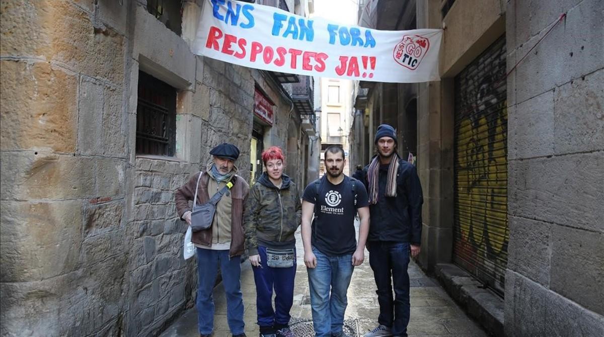 La resistència a la mort del Gòtic com a barri s'atrinxera a Correu Vell