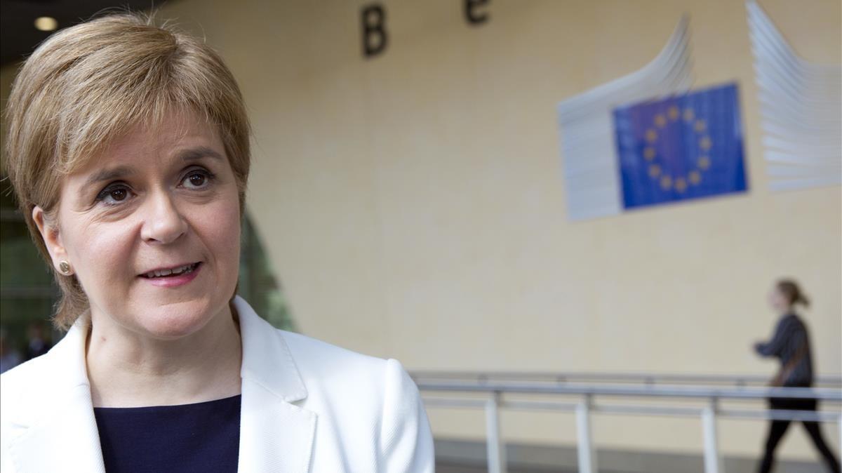 Escòcia mantindrà la bandera de la UE al seu Parlament