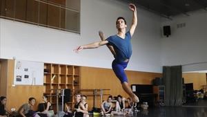 Es el segundo año que elbailarín Víctor González, estudiante del English National Ballet School, participa en el IBStage.