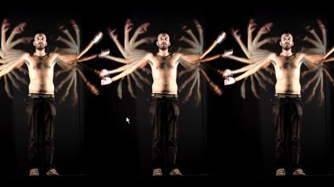Go back, de Playmodes. La gente podrá crear su propia coreografía digital con esta propuesta interactiva.