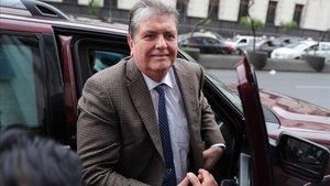 L'expresident del Perú Alan Garcia se suïcida quan estava a punt de ser detingut