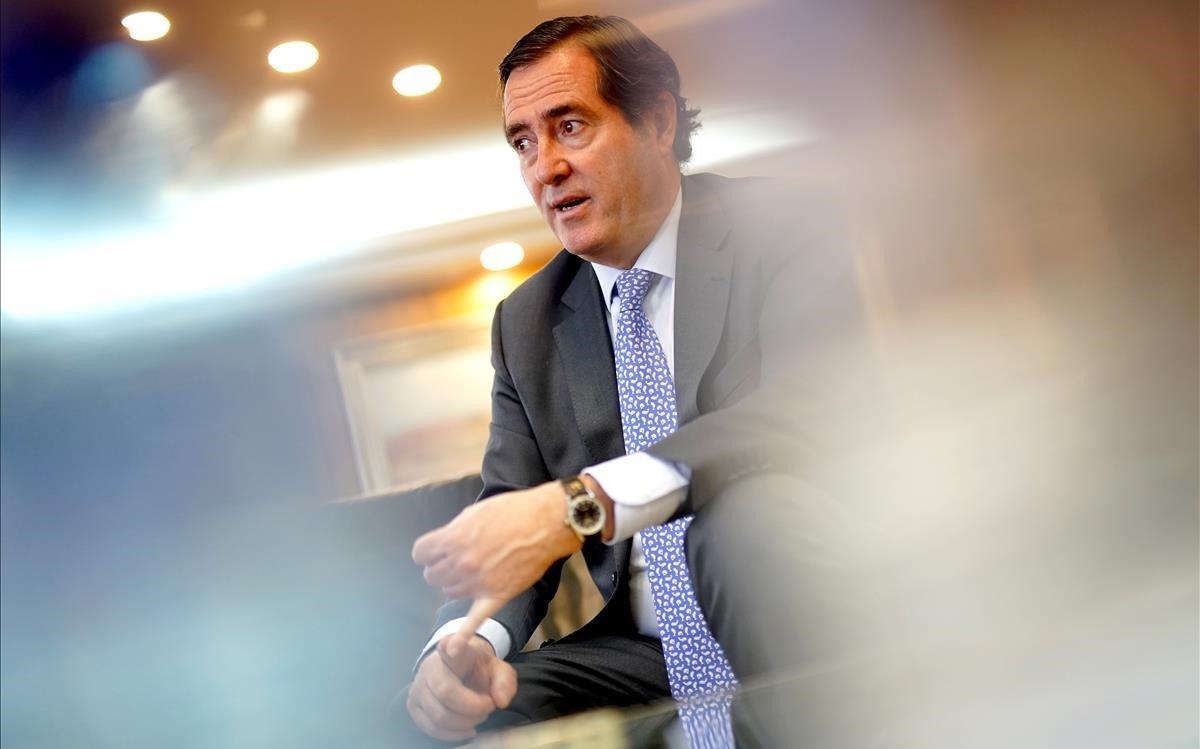 """Garamendi: """"Pablo Iglesias ha jugado un papel relevante en el acuerdo del salario mínimo"""""""