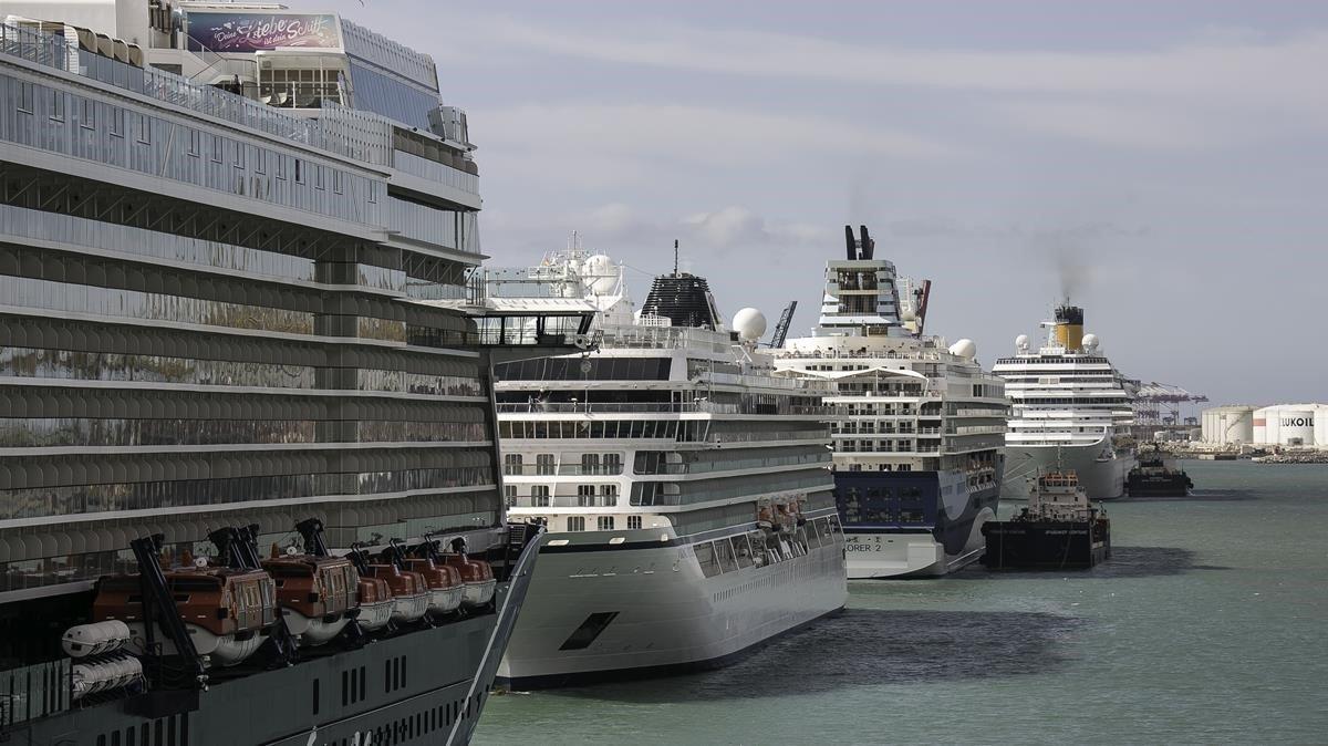 Costa Cruceros allarga la suspensió dels seus creuers fins al 15 d'agost