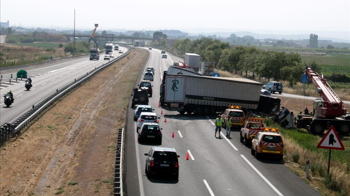 Catalunya es queda a mig camí en la reducció de víctimes de trànsit
