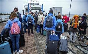 Alemanya rectifica i ajorna retirar la recomanació de no viatjar a l'estranger
