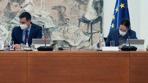 Iglesias admet discrepàncies amb Sánchez sobre la monarquia i promet resoldre-les amb ell