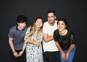Azahara Ramos (la segunda por la izquierda) y el equipo de Randm.