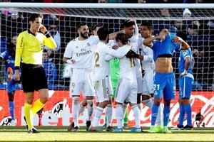 Los jugadores del Madrid celebran el 0-1 ante el Getafe.