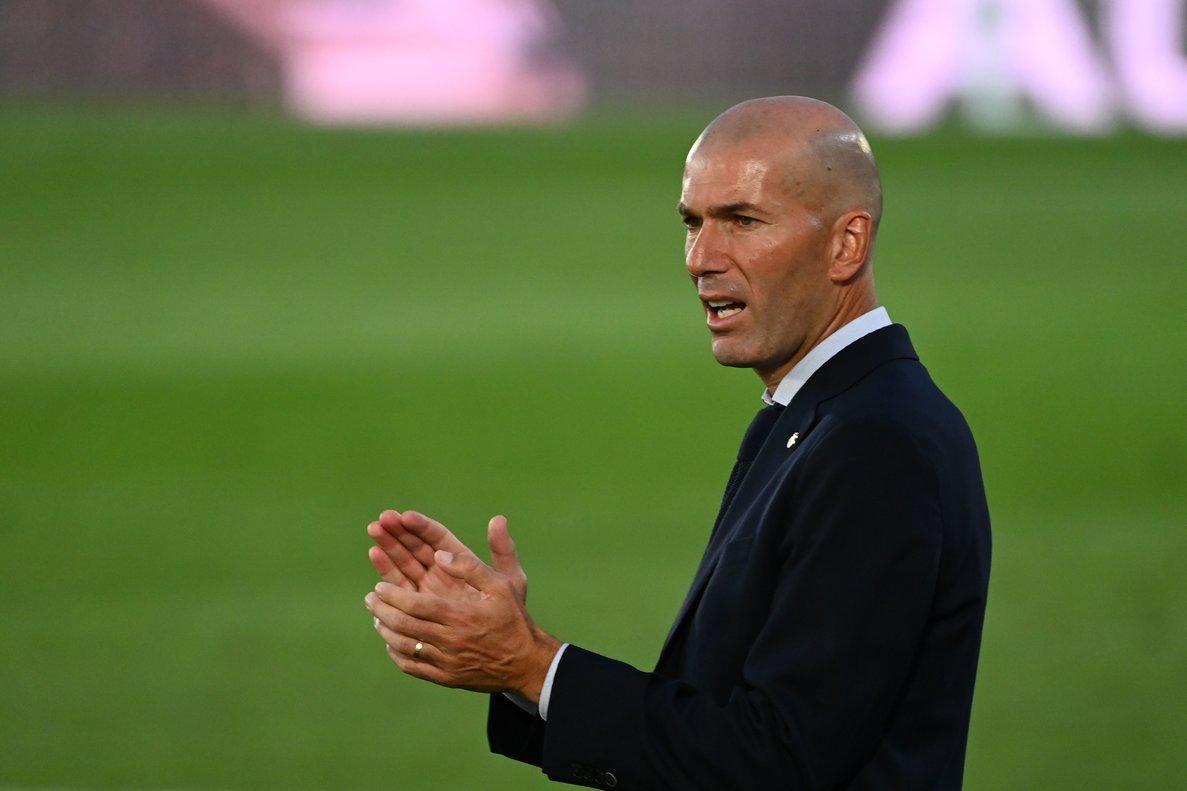 El entrenador francés Zinedine Zidane durante un partido con el Real Madrid.