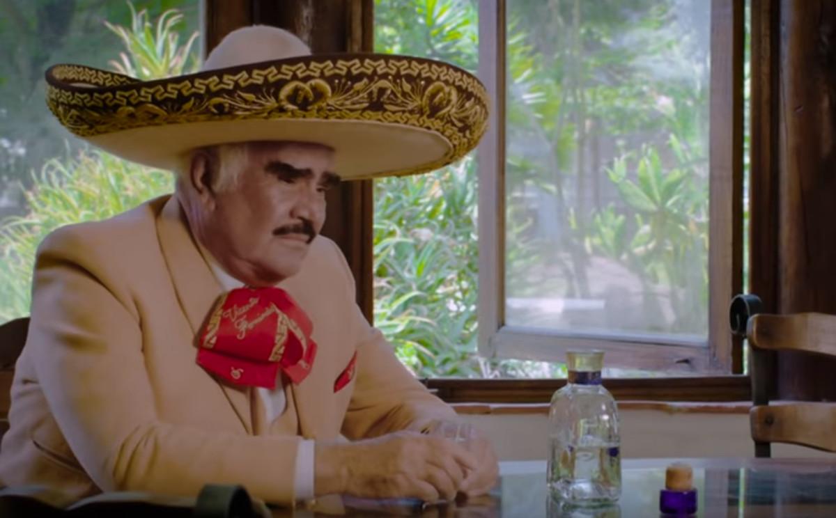 En la cárcel de tu adiós — Vicente Fernández presenta