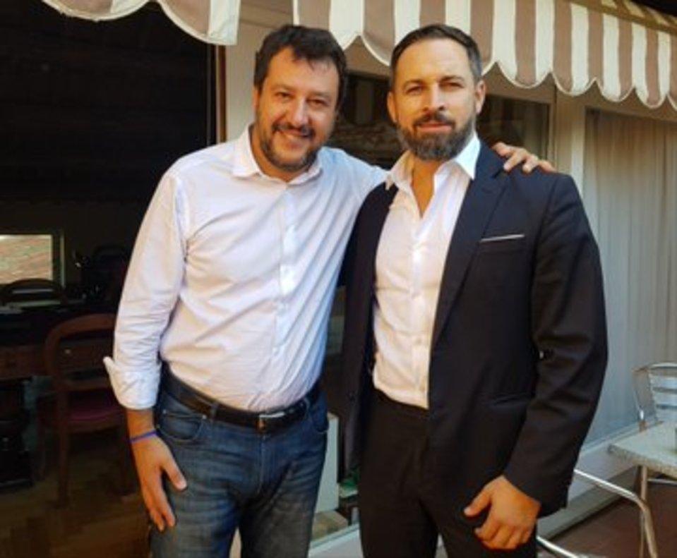 Abascal y Salvini, en la imagen colgada en twitter por el líder de Vox.