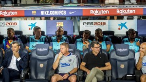 Arthur, Lenglet, Vidal, Coutinho, Rafinha y Malcom, en el banquillo.