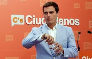 Albert Rivera, este lunes, en la sede de Ciudadanos en Madrid tras reunirse con su ejecutiva.