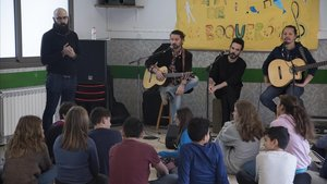 Alma de Boquerón, con los alumnos de 1º de ESO de Nou Patufet