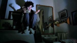 Will More interpreta a un joven que es un auténtico yonqui del cine.