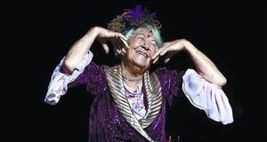 Asunción Balaguer en el montaje del musical 'Follies', dirigido por Mario Gas.